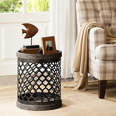 Cirque Reclaimed Quatrefoil Metal Drum