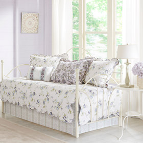 Bedding showcase daybed covers