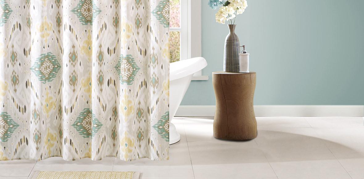 Bathroom Nina-Charli